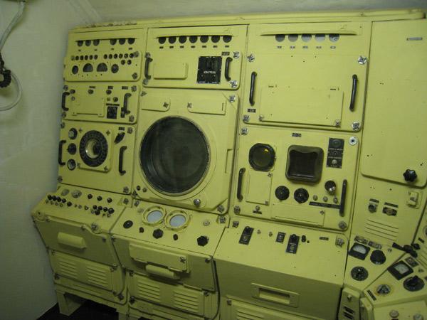 звуки приборов на подводной лодке